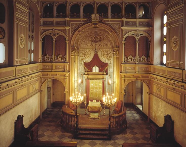 Alessandria Synagogue interior