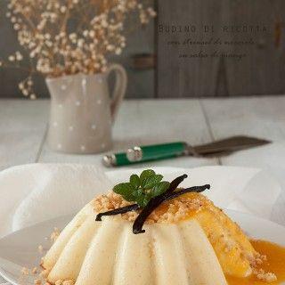 budino di ricotta con streusel alle nocciole e salsa di mango