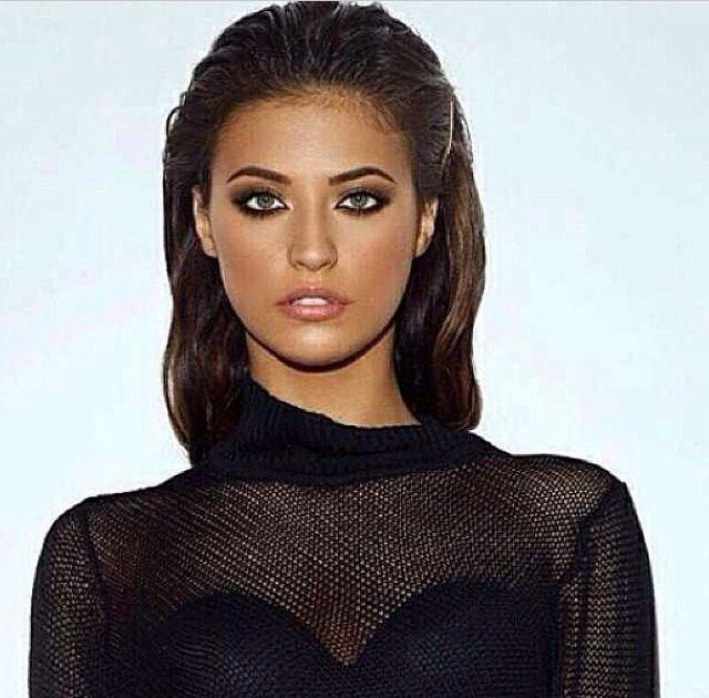 Antonia iacobescu , Romanian singer , wet look, amazing makeup , bronze