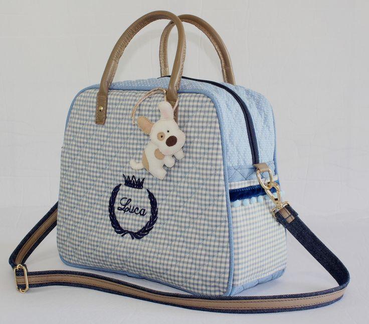 Bolsa Baby personalizada. Leve e espaçosa, para a mamãe levar tudo o que precisa sem carregar muito peso.