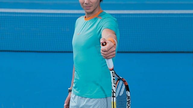 Nadal together with his related Babolat racket.    With the Golden State Warriors having a document setting begin to their NBA season, followers have begun to attract comparisons between the Warriors and the Michael Jordan and Scottie Pippen-led '90s Bulls. Aged followers have shortly d...