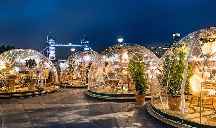Λονδίνο: Δείπνο σε ιγκλού δίπλα στον Τάμεση
