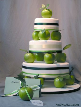 Google Image Result for http://the6chicks.com/wp-content/uploads/2011/11/apple-wedding-cake.jpg