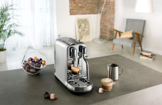 Představujeme kávovar Creatista Plus – první kávovar Nespresso vhodný pro přípravu ohromujícího latte art