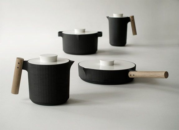 designed by simen aarseth, christoffer angell & oeyvind wyller.: Oeyvind Wyller, Simen Aarseth, Angel Wyller, Object, Products Design, Christoff Angel, Design Studios, Cast Irons Cookware, Wyller Aarseth
