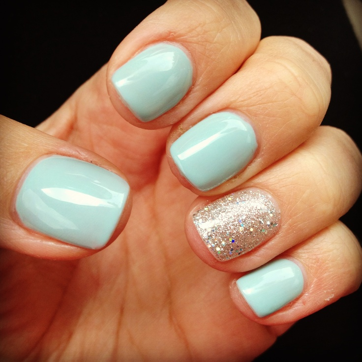 Mint nails with a touch of sparkle!