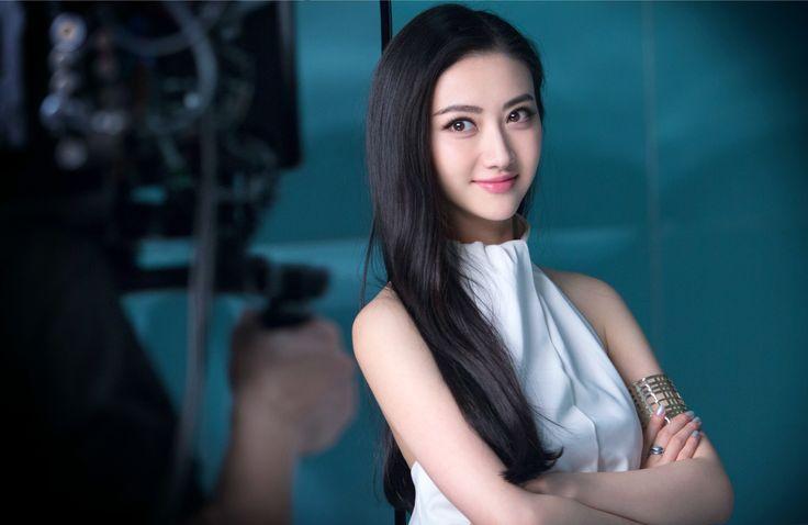 Jing-Tian-Headshot.jpg (4000×2602)