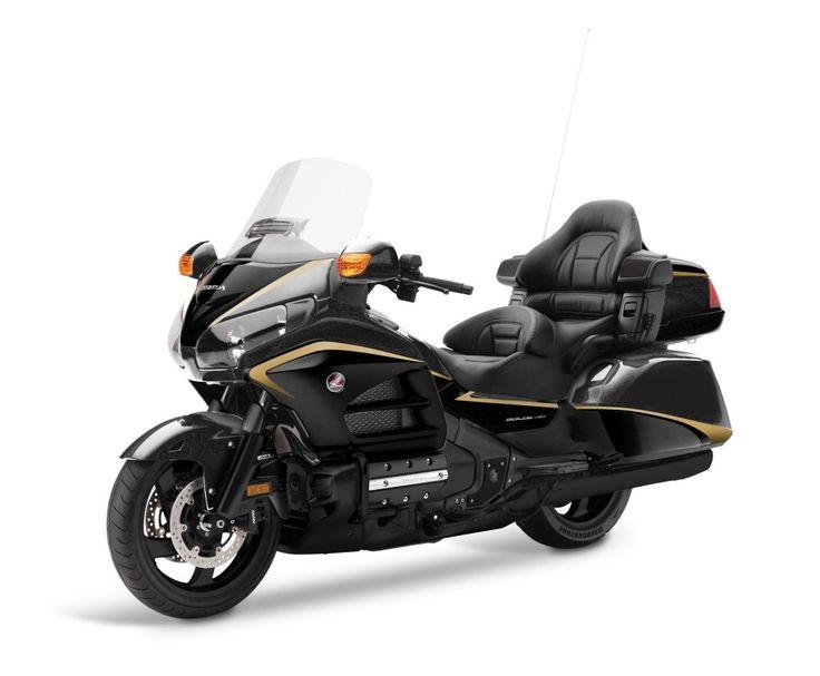 Honda GL1800 Gold Wing Viajar em primeira classe - MotoSport - MotoSport