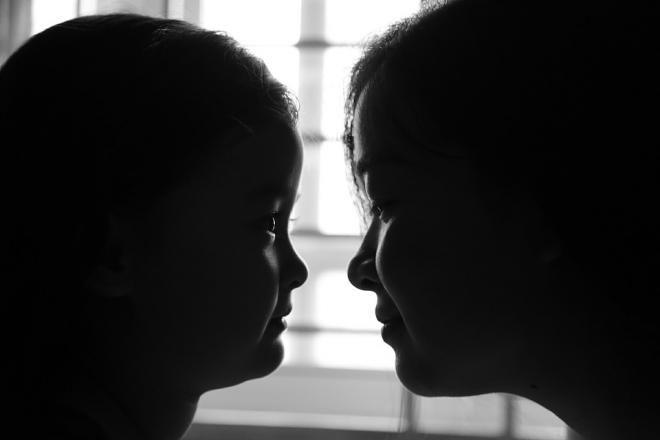 Covesia.com - Berbicara pada orang tua tentang apa yang anda alami atau rasakan tidak semudah yang dibayangkan. Karena jika mudah, maka tidak akan ada anak...