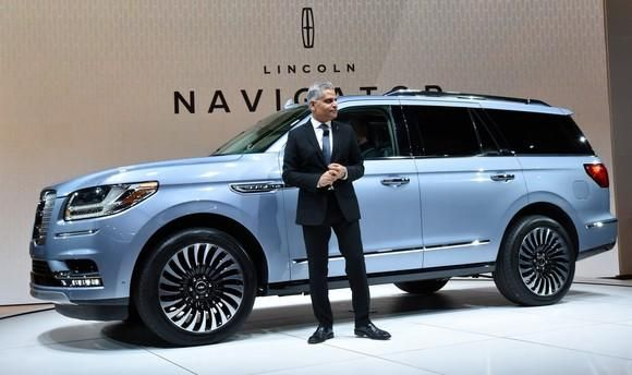 Ford's All-New 2018 Lincoln Navigator is a Challenge to Cadillac -- The Motley Fool
