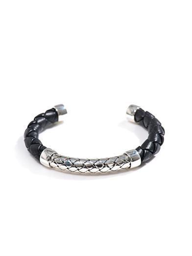 Intrecciato woven leather & silver bracelet | #BottegaVeneta
