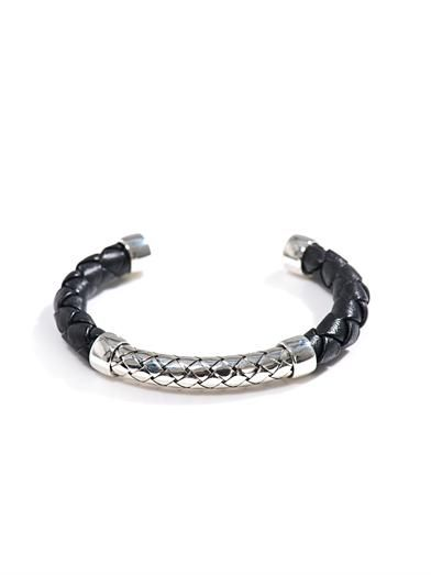 Intrecciato woven leather & silver bracelet | #BottegaVeneta