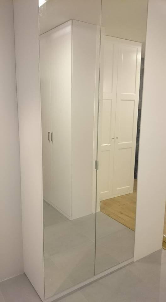 Szafa wolnostojąca, z drzwiami lustrzanymi