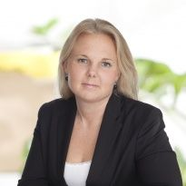 Lina Hedström  Reg. Fastighetsmäklare  08-564 351 06 · 0709-99 79 09  lina.hedstrom@notar.se