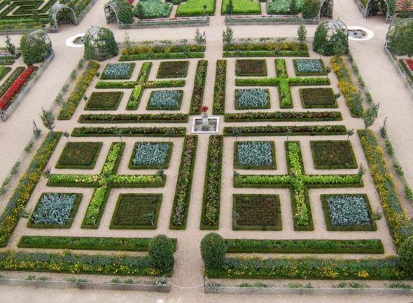 42 Best Edible Formal Garden Spaces Images On Pinterest Veggie - french potager garden design