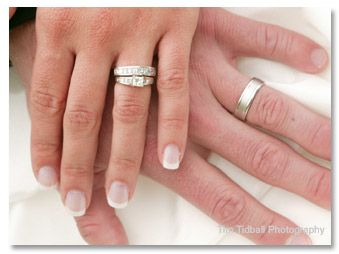 wendy williams wedding ring wedding rings on hand 339x254 - Wendy Williams Wedding Ring