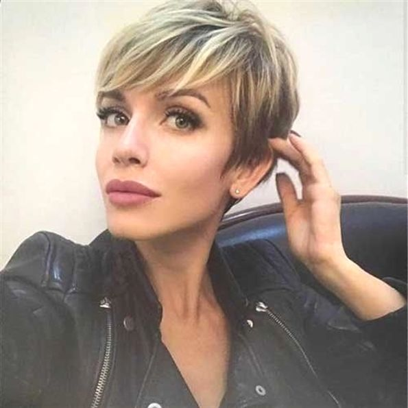 Latest Longer Pixie Hairstyles 2019 | Frauen Haar Modelle ...
