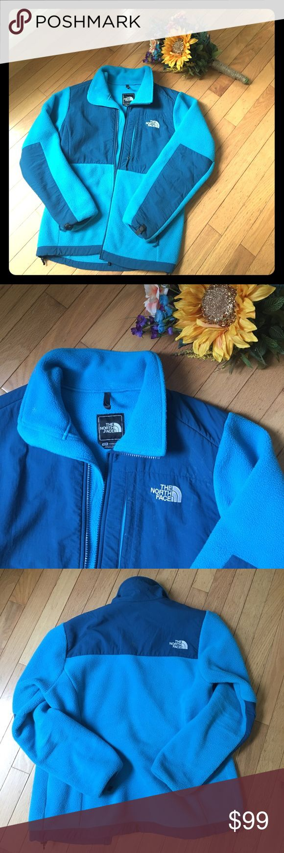 ❄️❄️The North Face Denali Women's Fleece jacket In Acoustic blue, this North Face Denali women's fleece is a favorite. Like new! Worn less than five times. This will provide comfort and warmth! Beautiful color! You will love this piece! As always, Bundle for discounts! ❤️💚 The North Face Jackets & Coats