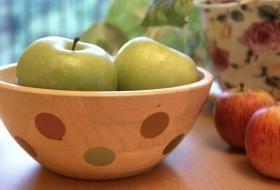 Jak opekat jablka na ohni