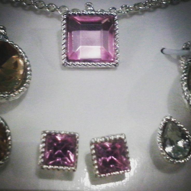 Aretes y dije ba o de plata con cristales rosados for Banos electroliticos para joyeria