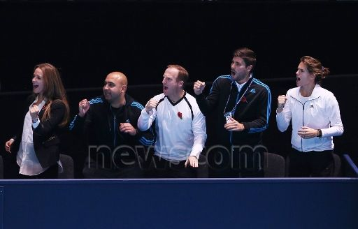 Andy Murray s box including Girlfriend Kim Sears left and Coach Amelie Mauresmo right Celebrates Final Break of Serve in 2nd Set as Murray wins in Straight Sets over Milos Raonic.Nov 12, 2014