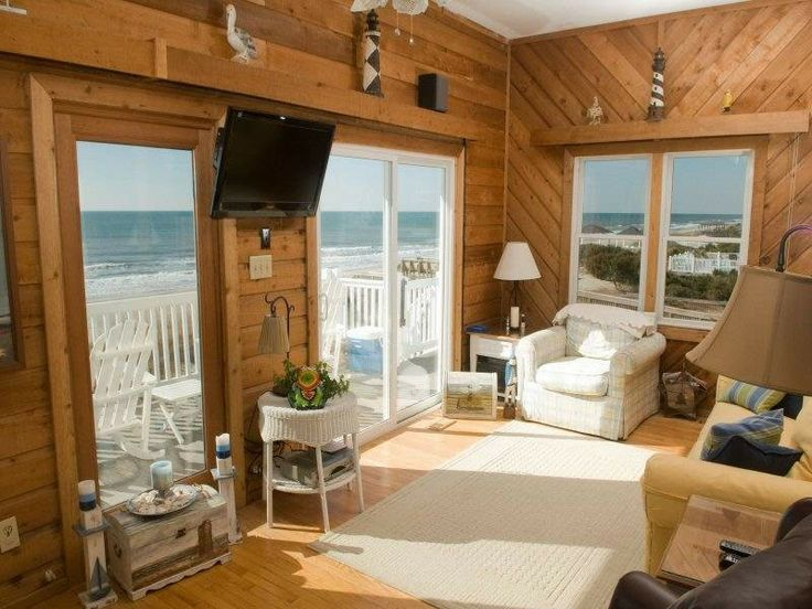 $1,175/week - Emerald Isle Vacation Rental - VRBO 3179119ha - 4 BR Central Coast House in NC, Marine Manor West: 4 BR / 3.0 BA House in Emerald Isle, Slee...