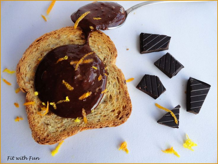 Burro di Arachidi Proteico al Cioccolato Fondente e Arancia: meno calorie, meno grassi, stesso apporto di proteine, gusto cremoso e insolito! Ricetta Bomba!