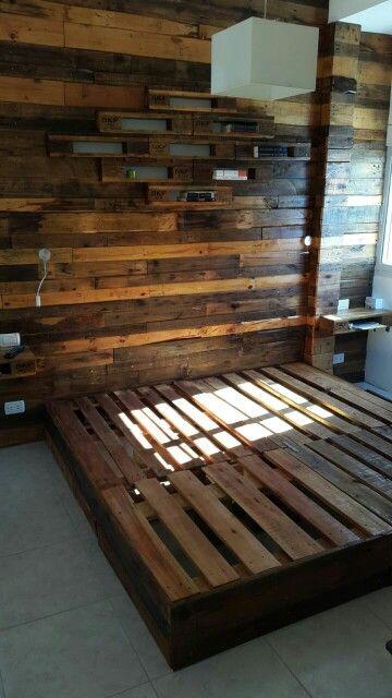 Revestimiento y estructura de la cama terminado