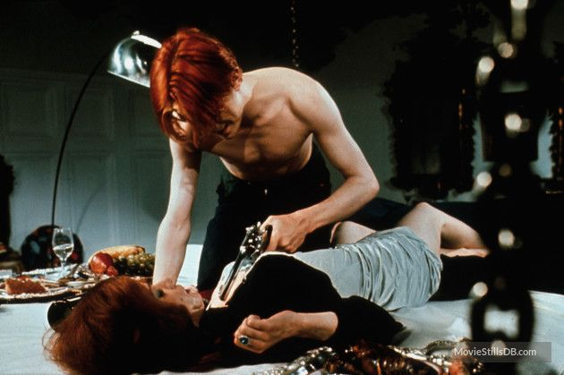 The Man Who Fell to Earth - Publicity still of David Bowie & Candy Clark