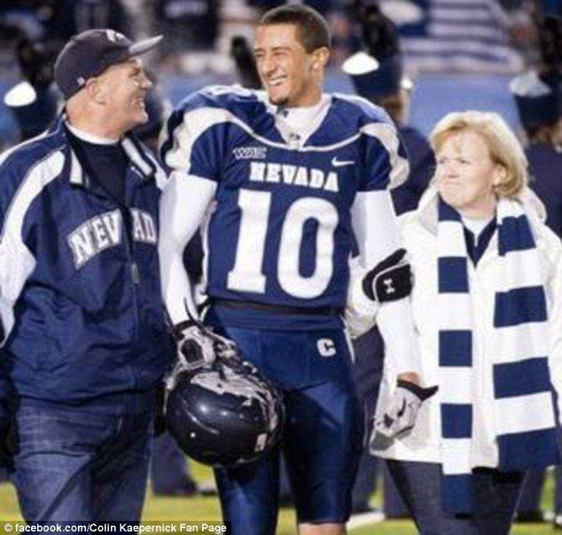 colin+kaepernick+parents | Proud parents: Colin Kaepernick with his adoptive parents Rick and ...