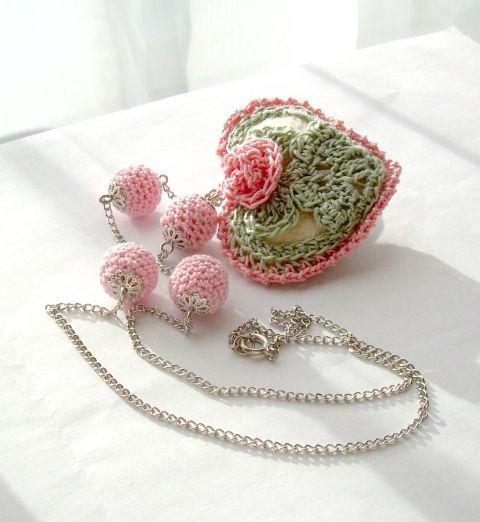 Rosy spring - crochet necklace with crochet balls, Belinda, meska.hu