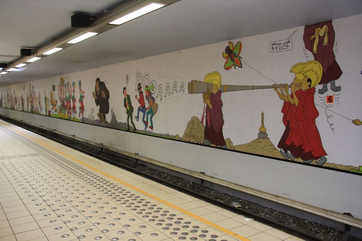 Stockel-train-station-tintin-mural.jpg (3888×2592)