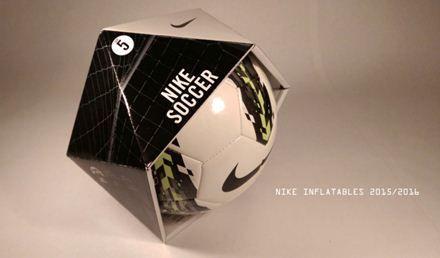 Packaging per pallone: Questo imballaggio ha ripreso la tecnica degli origami ed è formato da dieci triangoli equilateri di cartone ondulato che una volta montati formano una sfera geodetica aperta che segue la forma del pallone con il minimo uso di materiale e una grande visibilità a scaffale.