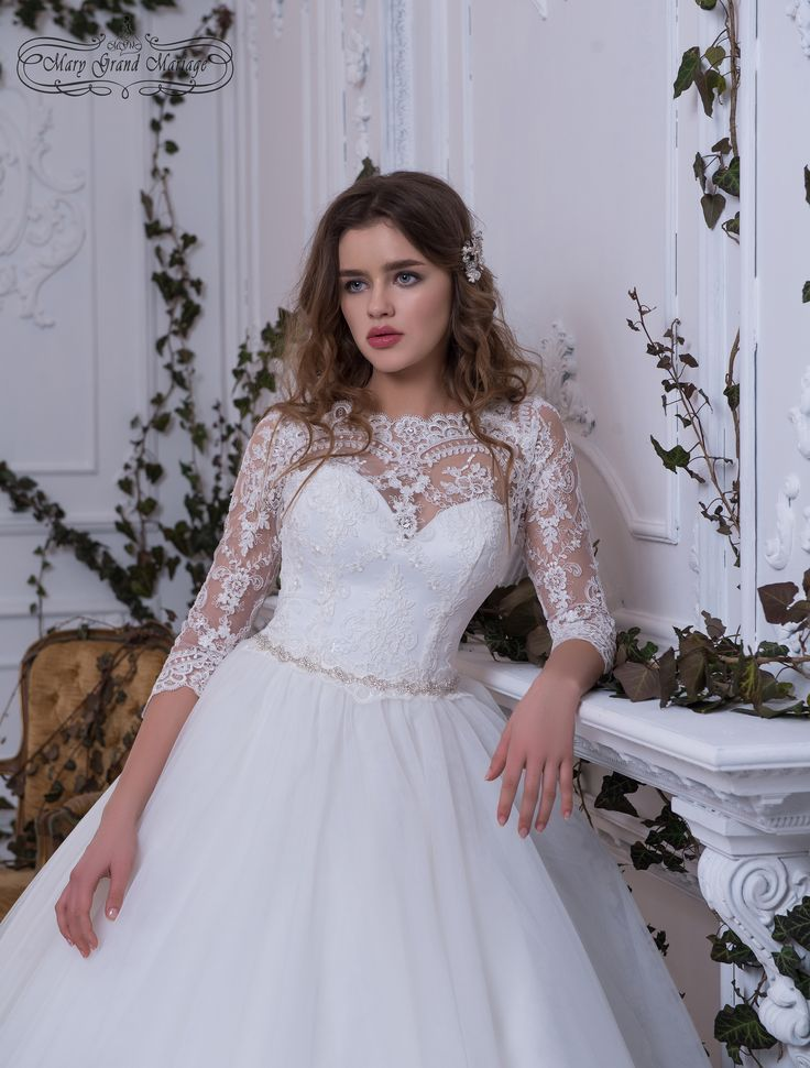 #Modesty and #decency are implemented in the Ingrid #Dress. Sleeves and covered shoulders create a mystery. A beautiful сutting is barely seen under #guipure. And the bottom of the skirt, ringed with a beautiful and high-quality #coupon, gently pacifies the daring #netting.  Свадебные платья новая коллекция 2018 Черновцы Украина #платья #свадьба #одежда #weddingdress