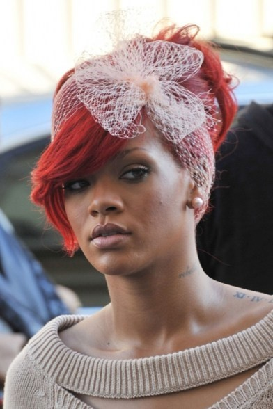 101 black hair ideas part 2 rihanna red hair rihanna looks hair nets ...