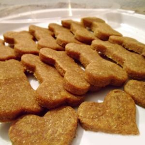 A yummy recipe for soft homemade peanut butter dog treats. These are easy to make, contain 3 ingredients, and will be done in 10 minutes!