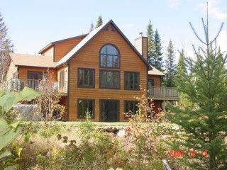 5BR 3BA vacation chalet in Lac-Supérieur for rent C$200. For more details and photos visit HomeAway 425729