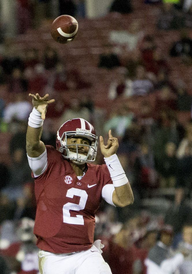 Jalen Hurts gets the job done in tough fight vs. Mocs