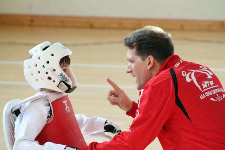 Team Renga: il TaeKwonDo si fa sociale a cura di Redazione - http://www.vivicasagiove.it/notizie/team-renga-il-taekwondo-si-fa-sociale/
