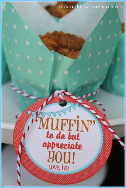 Bring your TEACHERS muffins on the first day of school!  Printable Tag. #school #printable