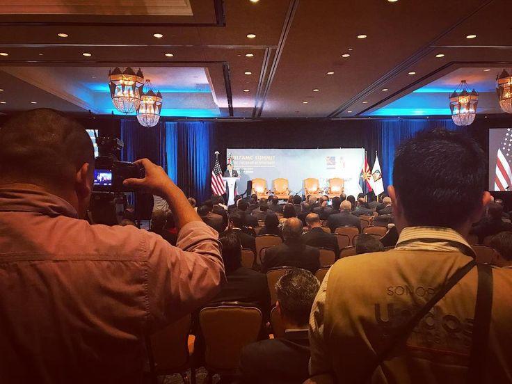 """Mtro. Paulo Carreño CEO @promexicooficial #ProMéxico #amcsummit17 """"México en la confluencia de la globalización y la integración regional. Políticas y estrategias de desarrollo económico en México."""