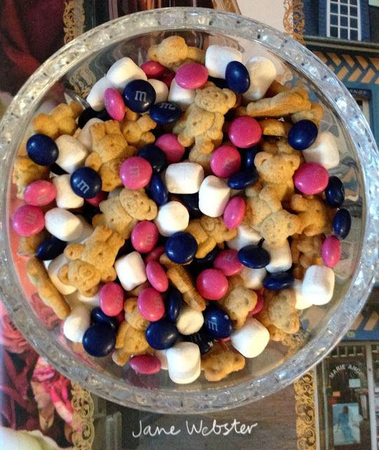 Teddy Graham S'Mores Mix | A Bar Cart in Brooklyn