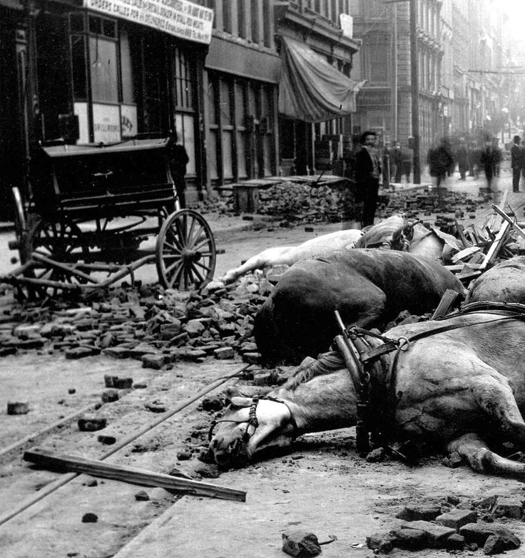 April 18th, 1906: The Great San Francisco earthquake  decimates the city killing thousands.