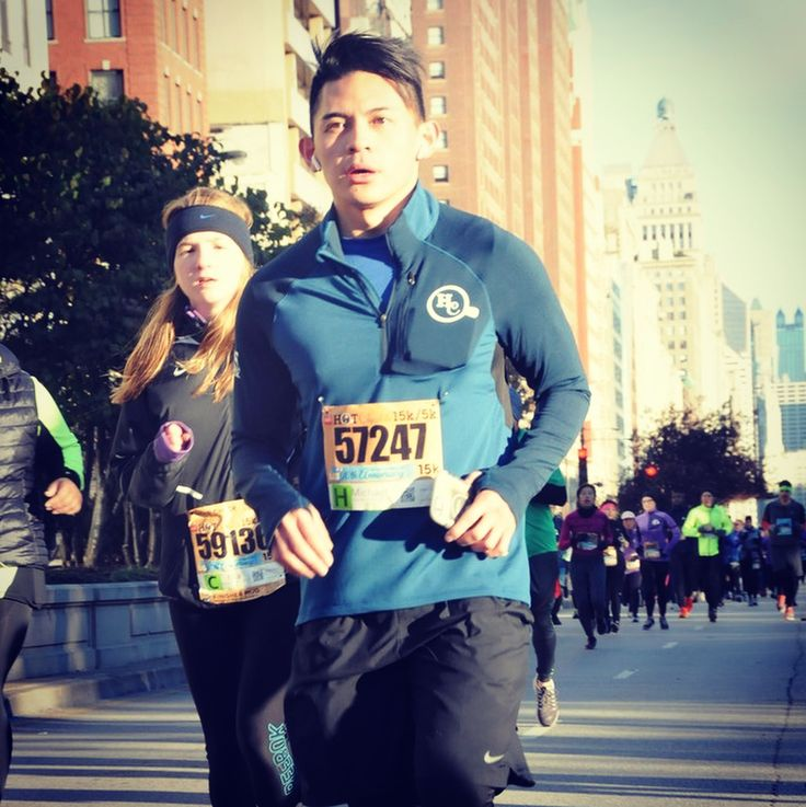 In between the heavy breathing feet hurting and mouthing Cardi B lyrics...photographers were taking photos of all the runners. Was I aware when they took these photos? Not a bit. Did I risk dropping my phone by holding it the whole time? For sure I did. Will I do this race again? Oh yeah. #chicago #running #HC15k