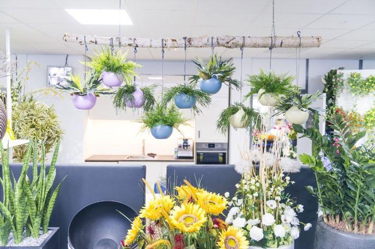 Detail kunstplanten winkel Ede.
