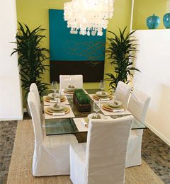 love the blue and green combo: Dining Rooms, Centerpieces Ideas, Dining Room Sets, Apartments Ideas, Blue Green, Art Colors, Home Decor, Colors Schemes, Dining Tables