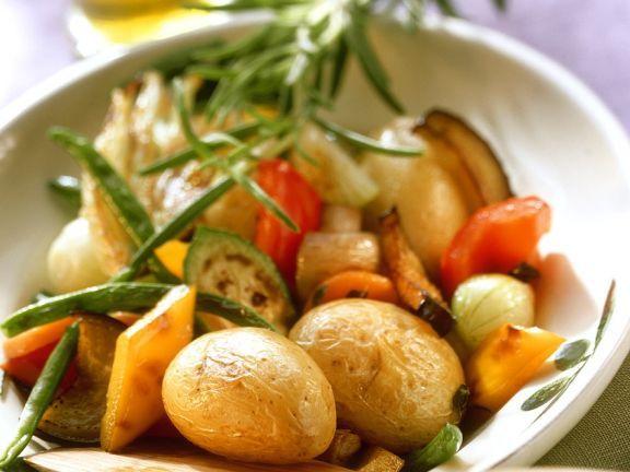 Gebratenes Gemüse ist ein Rezept mit frischen Zutaten aus der Kategorie Wurzelgemüse. Probieren Sie dieses und weitere Rezepte von EAT SMARTER!