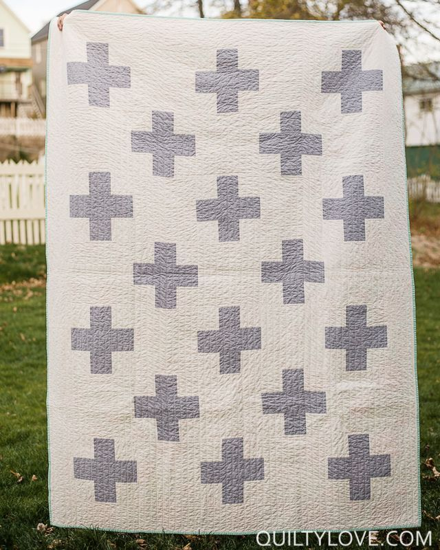 Simple Plus Quilt (with tutorial) | Quilty Love | Bloglovin'