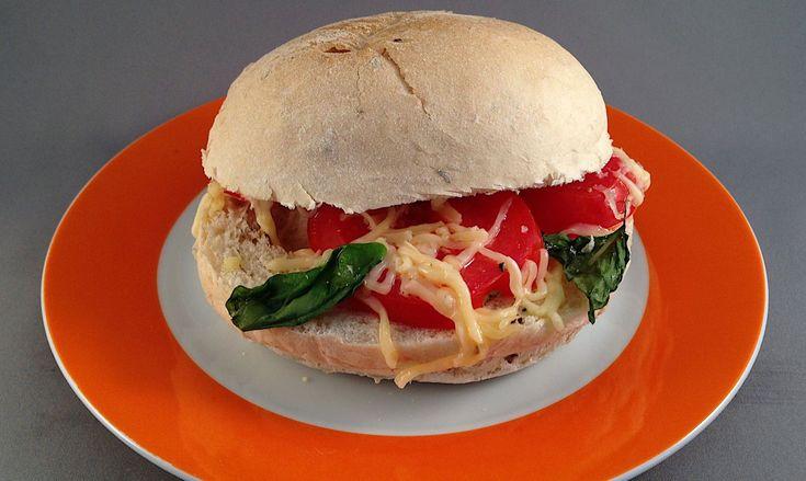 Broodje pomodoro basilico