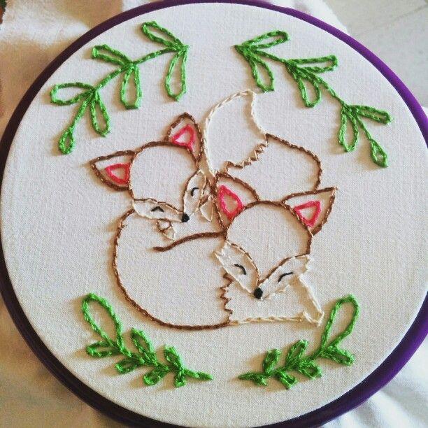 Embroider Hoop Art! #Strufuluffandia e il #cucitoCreativo! #fox #volpe #family